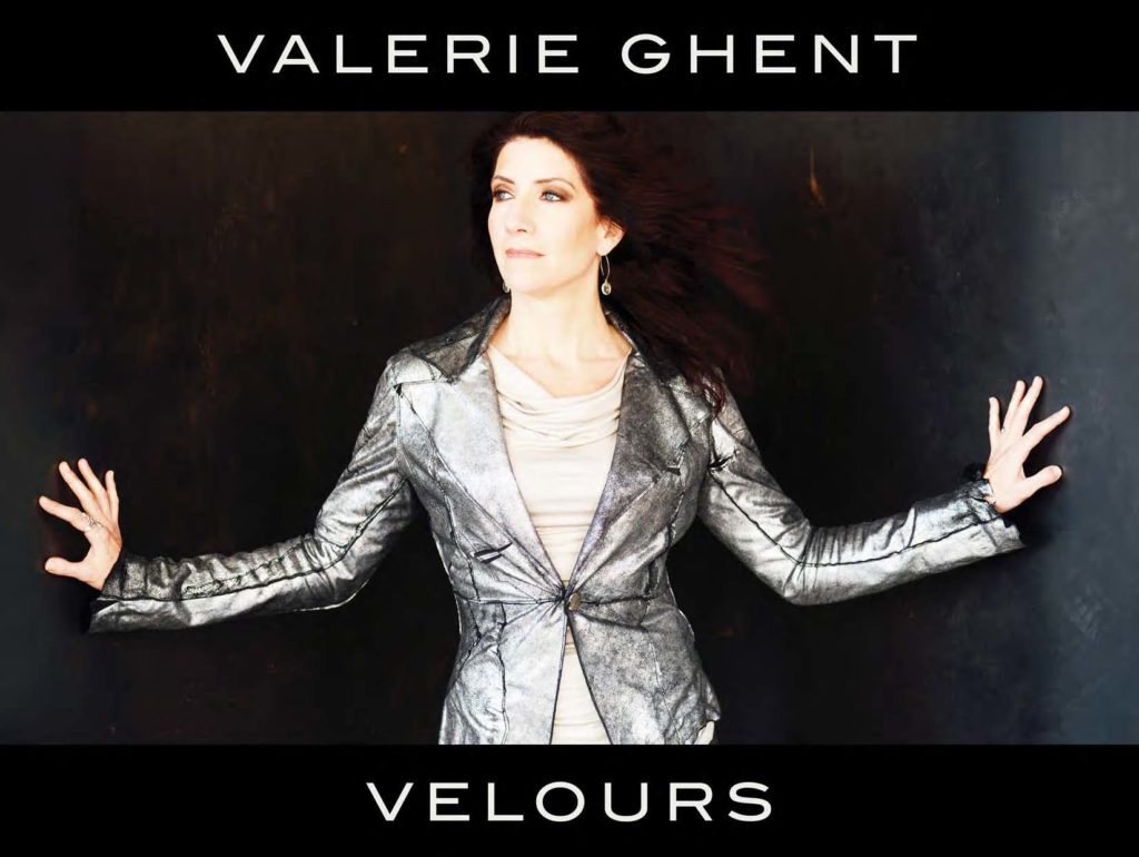 valerie-ghent_velours__digitalbook_page_01